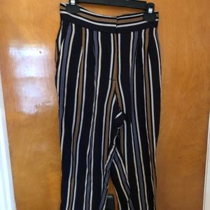 H&m trousers size small